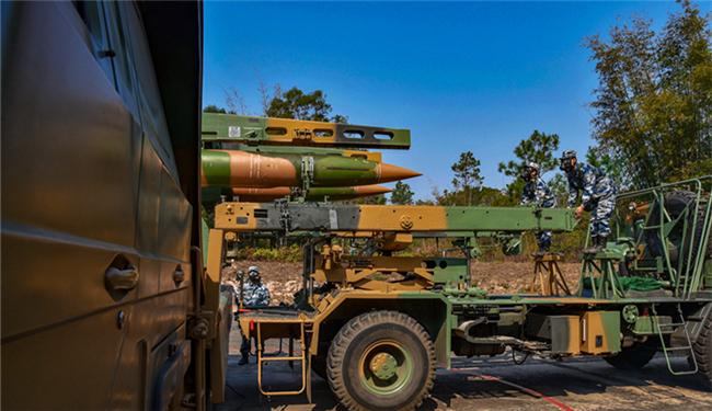 导弹昂首,雷达飞旋|南部战区空军某旅战斗演练紧张展